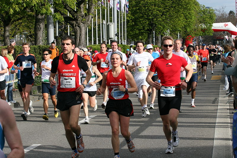 800px-Marathon_Runners